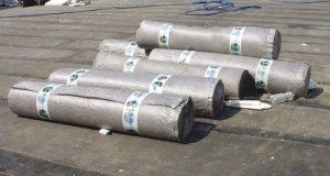 Dachy płaskie - Odprowadzenia  wody z tarasów o nawierzchni z płytek gresowych.